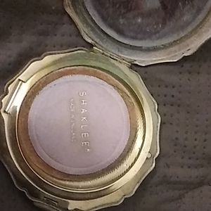 Womans shaklee 1970s compact mirror